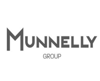 Munnelly small logo